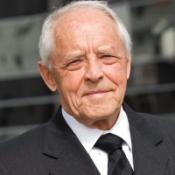 Hon. Peter Salmon