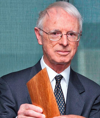 Associate Professor Kenneth Palmer